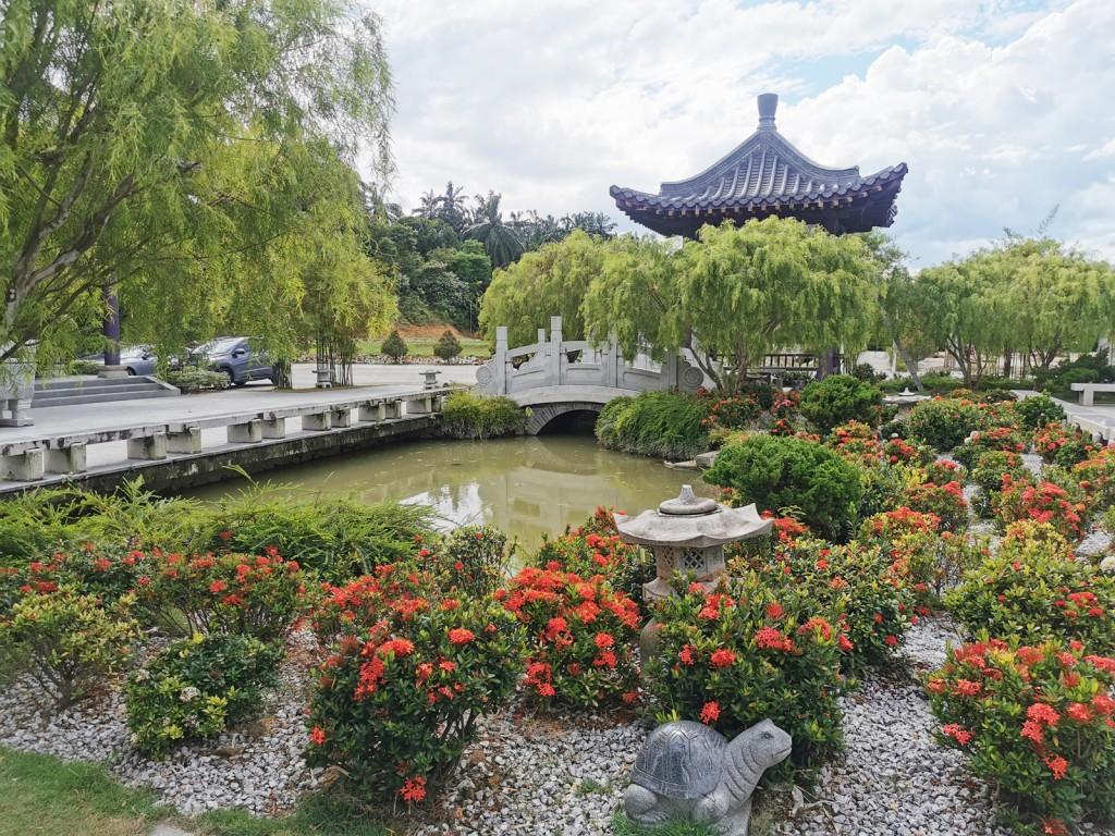富恩園把自然景观和布局形式融合在一起,将墓园打造成舒适的景点,让子子孙孙悼念及追忆先人庄严后花园。