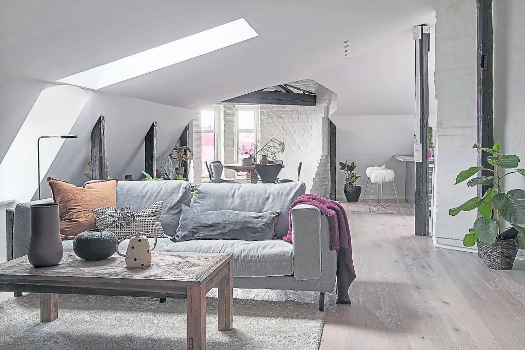 家里要时常保持干净整齐,如果家里囤积杂物就会影响家里人的生活态度。