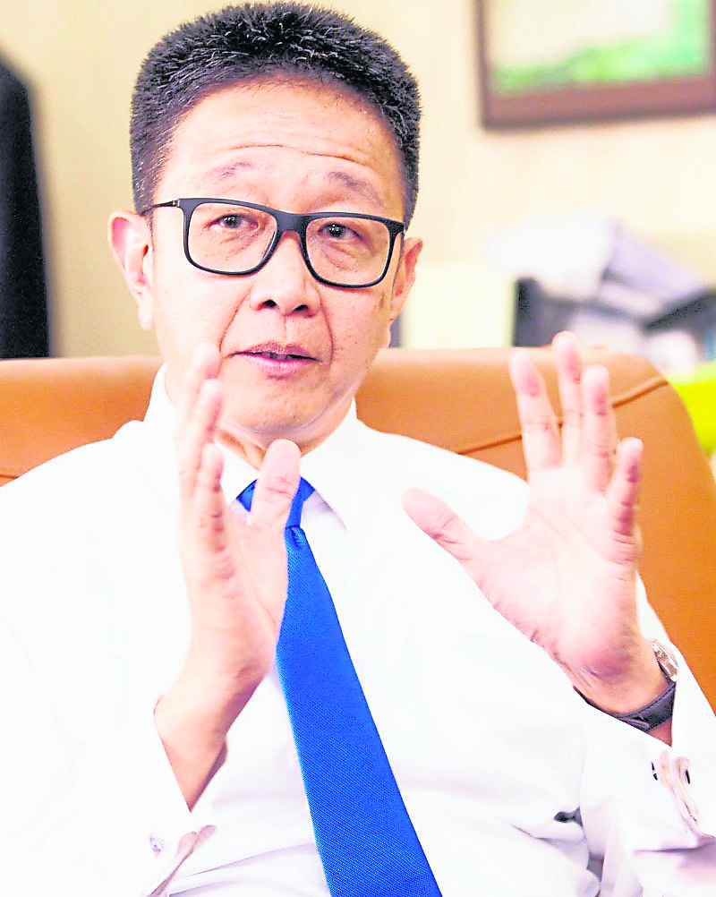 邓章钦和刘天球是少数敢敢公开与党唱反调的行动党议员。